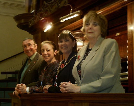 Sophie-Véronique Cauchefer-Choplin (second from left) seen at the Albert Hall in 2007 with Tom Huggon (Deputy Lord Lieutenant of Nottinghamshire), Cllr Jeannie Packer (Lord Mayor of Nottingham) and Hilary Silvester (Chair, Binns Organ Trust)